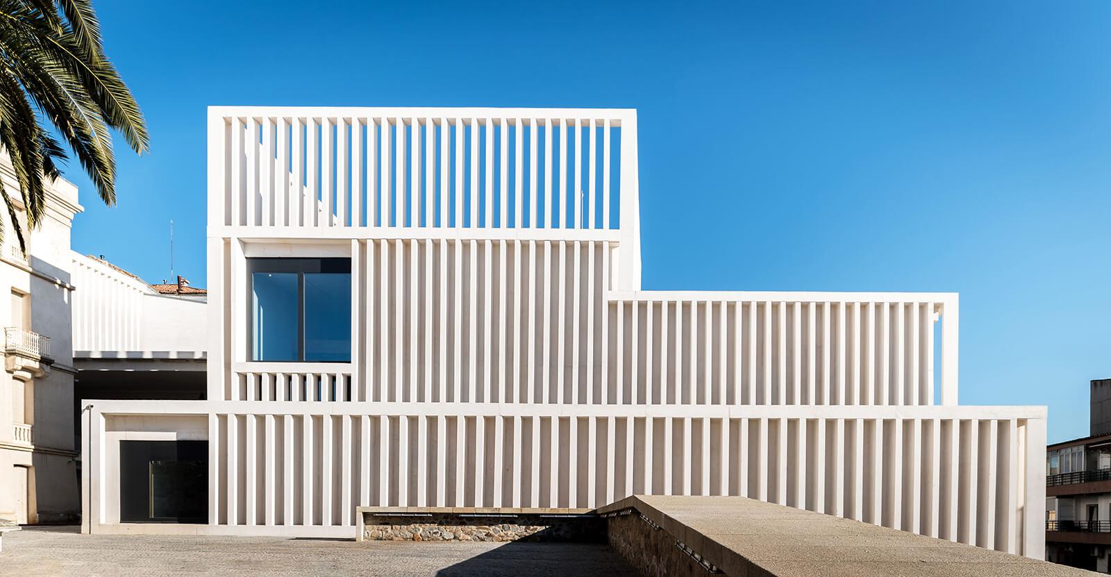 Museo de Arte Contemporáneo Helga de Alvear  - 00 31