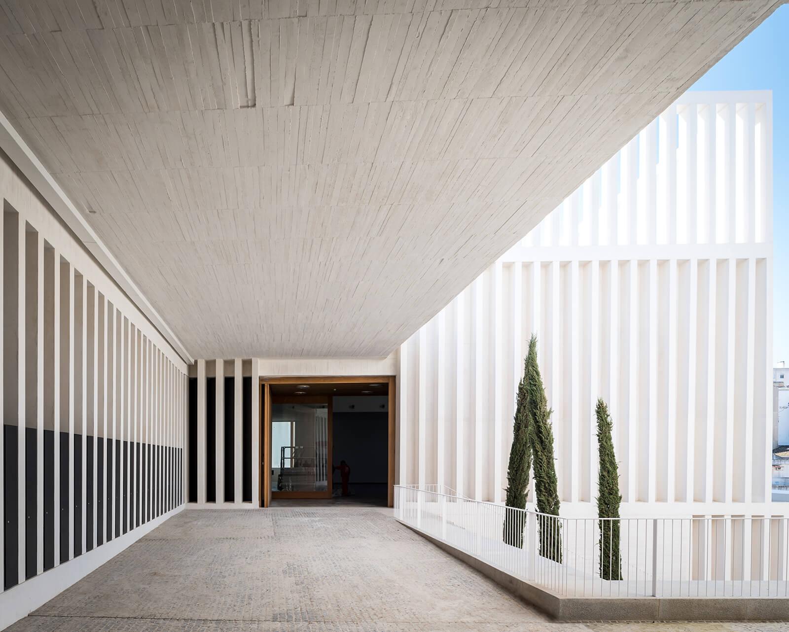 Museo de Arte Contemporáneo Helga de Alvear  - 4 41