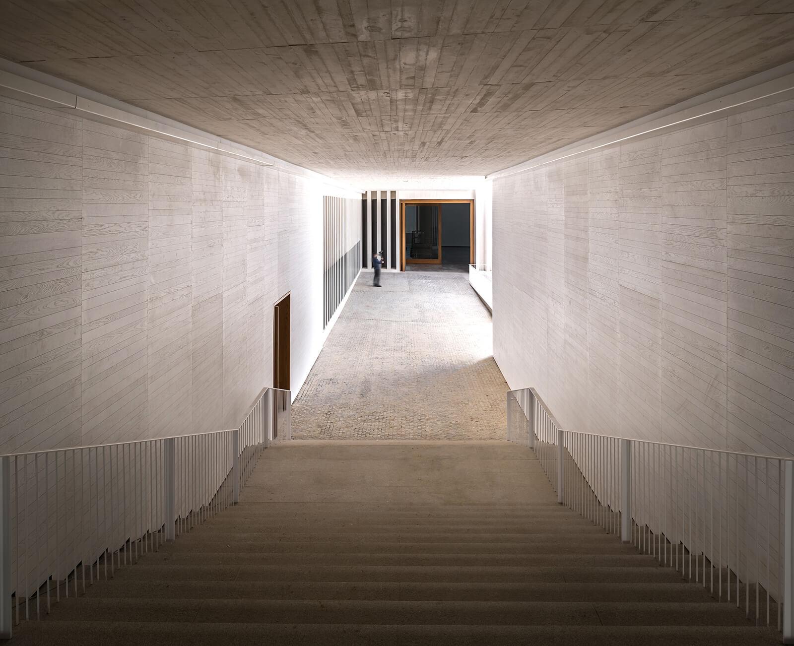 Museo de Arte Contemporáneo Helga de Alvear  - 7 1 47