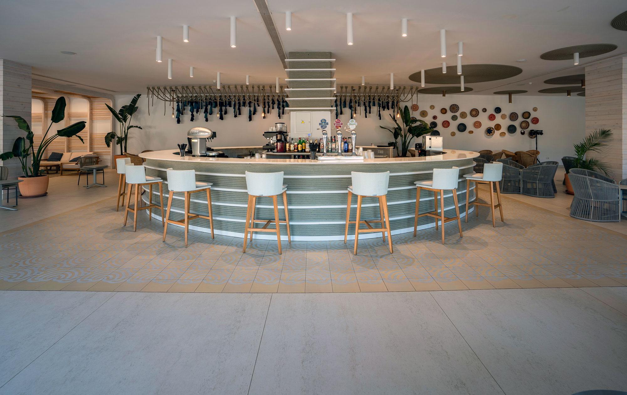 Hotel Mediterráneo  - Hotel Mediterraneo Park 7 Dekton Silestone Piedra Natural Cosentino 55
