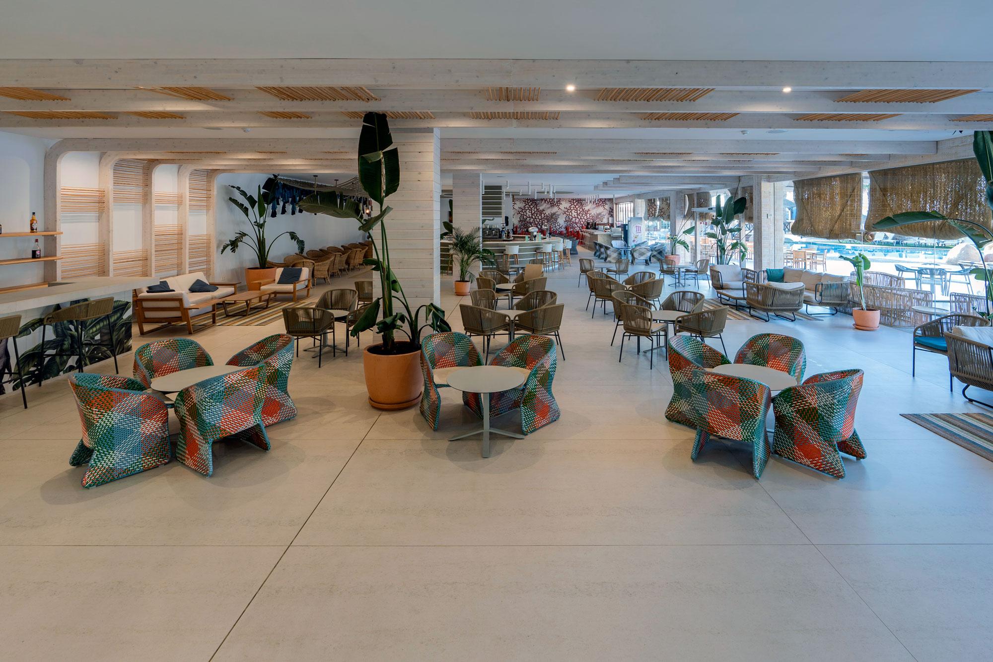 Hotel Mediterráneo  - Hotel Mediterraneo Park 8 Dekton Silestone Piedra Natural Cosentino 53
