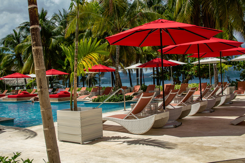 Spanish Court Jamaica  - Natural Stone Caliza Alba Hotel Jamaica S Pool2 55