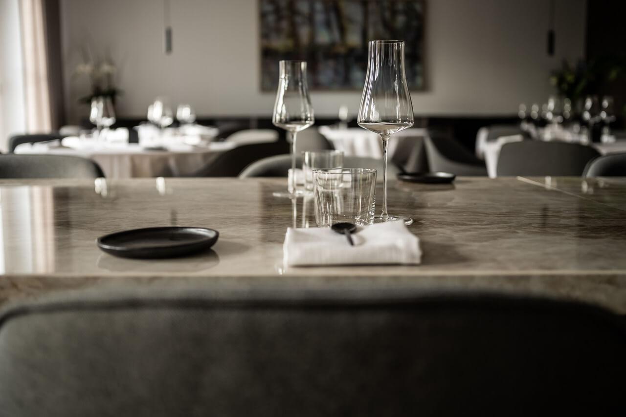 Alma restaurant  - Restaurant alma Dekton 22 44