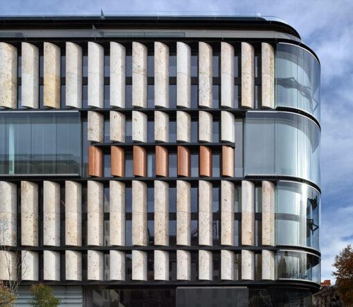 Gunni Trentino  - lar residencial comprar casa barrio salamanca fachada plaza 42