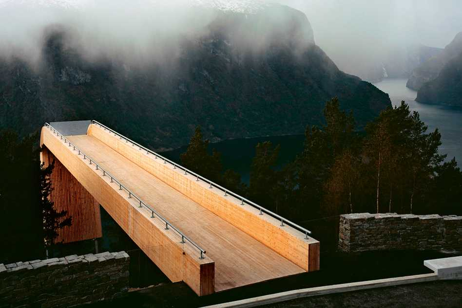 Architecture on the Road  - 12.14 60