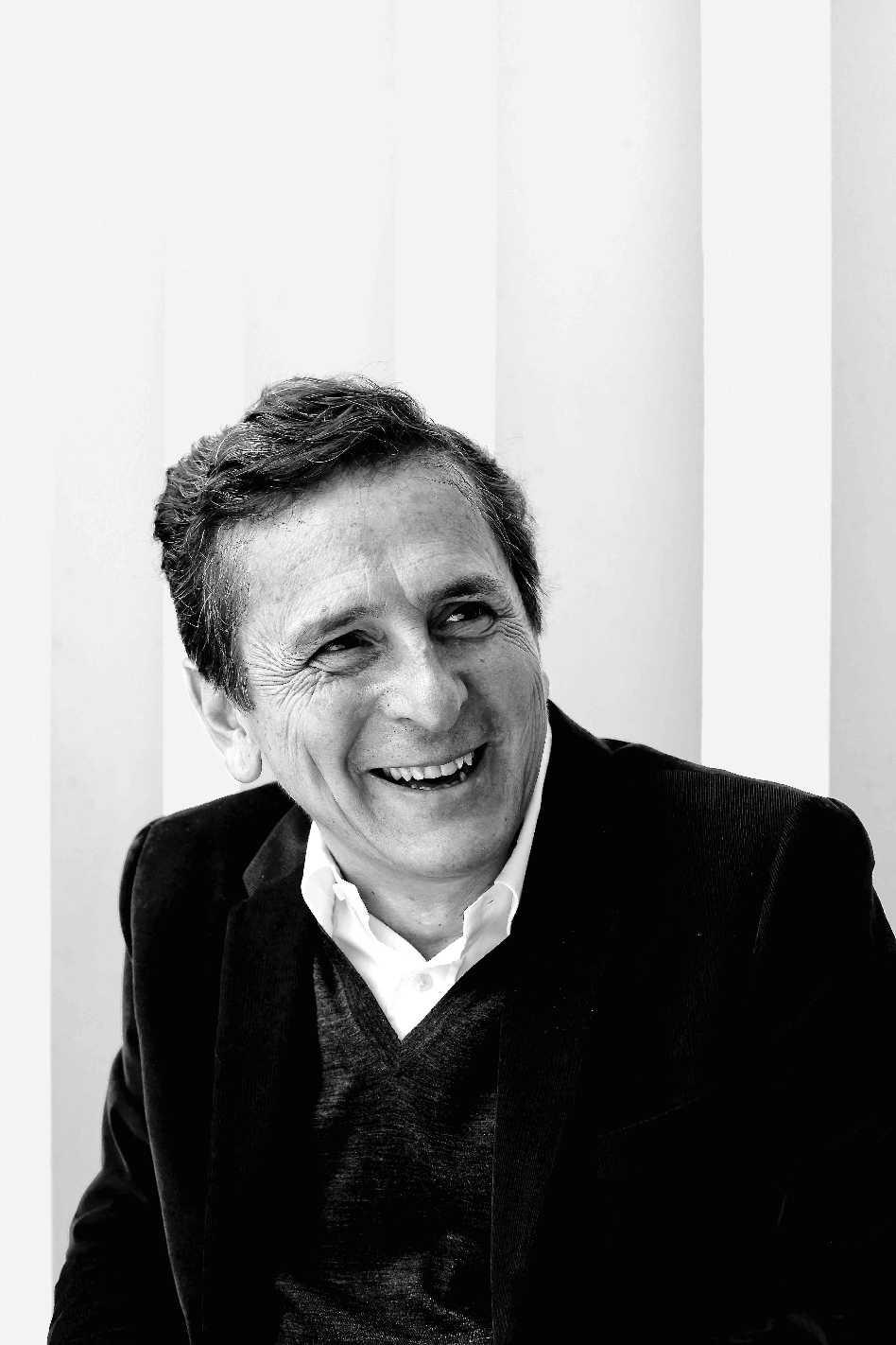 Jacques Herzog & Emilio Tuñón  - 13 05 37