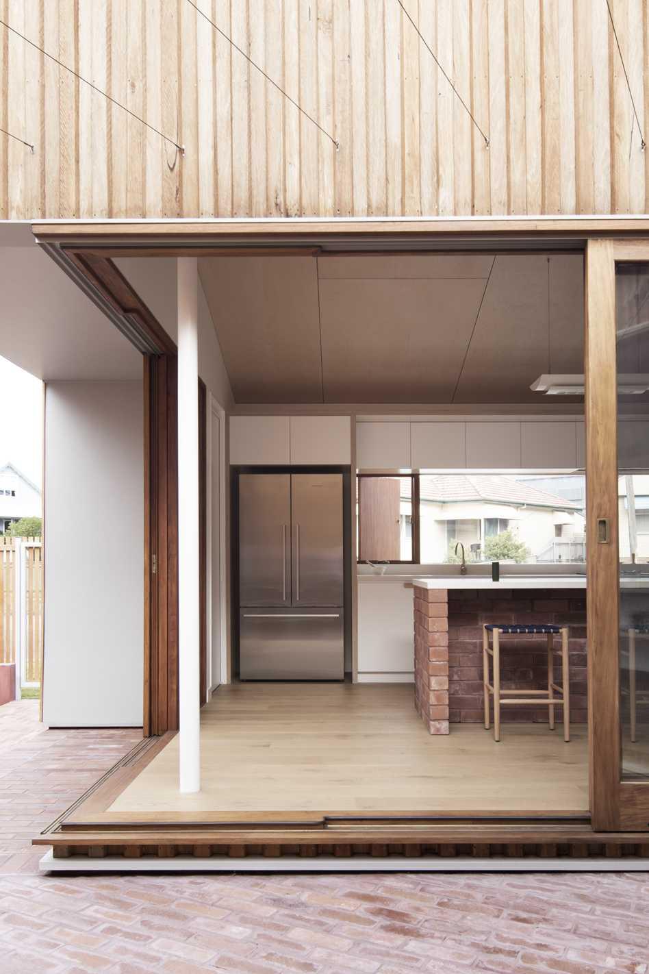 Three Piece House  - 15 2.2 35