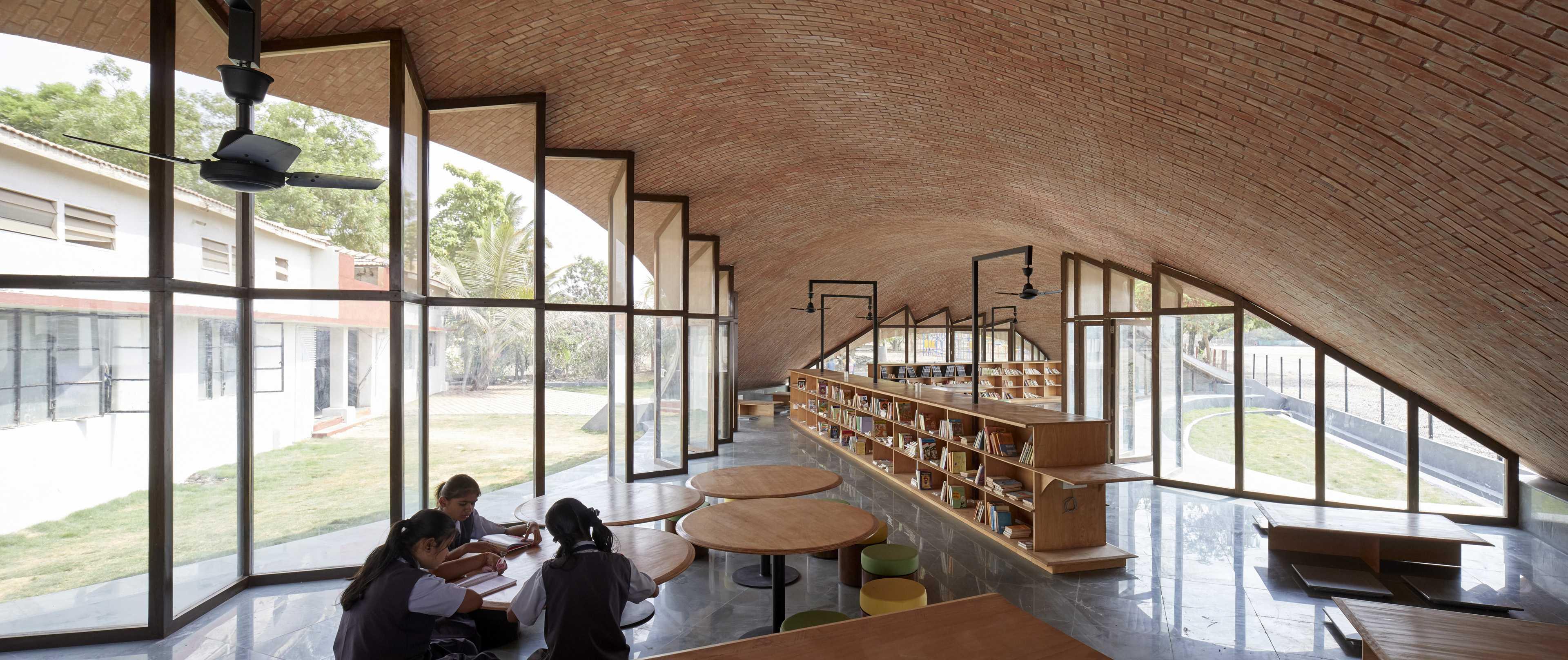 Maya Somaiya Library  - 16 99 49