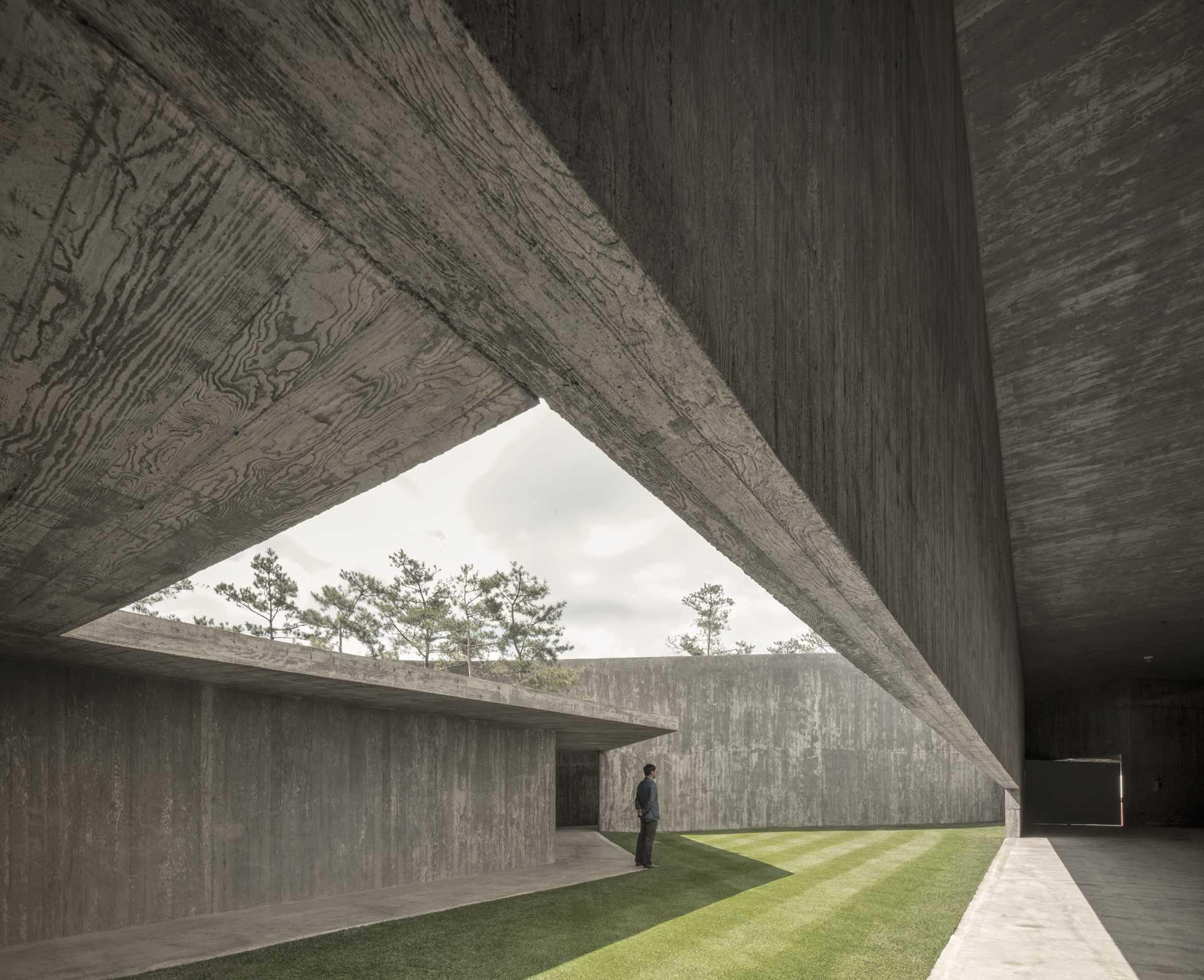 Art Pavilion in Saya Park  - 21 9 49