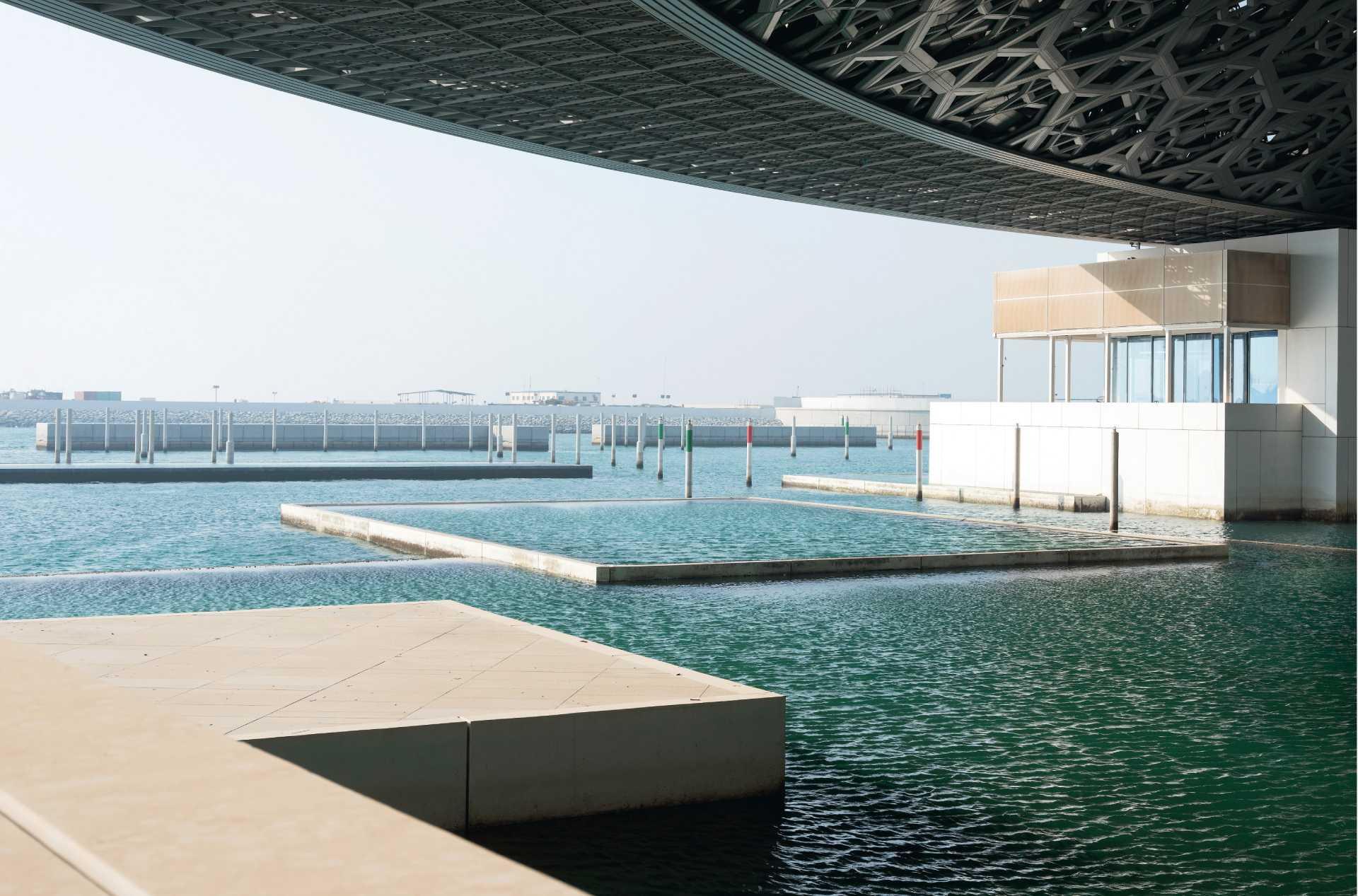 Louvre Abu Dhabi  - 27 03 37