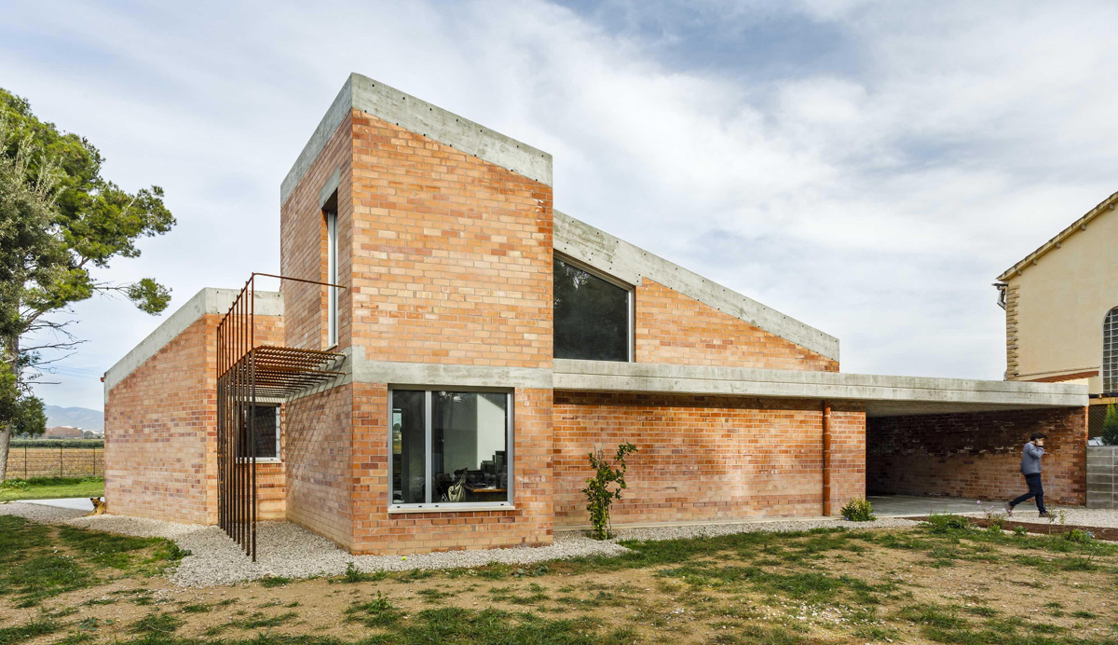 Casa Almudena  - 34 99 71