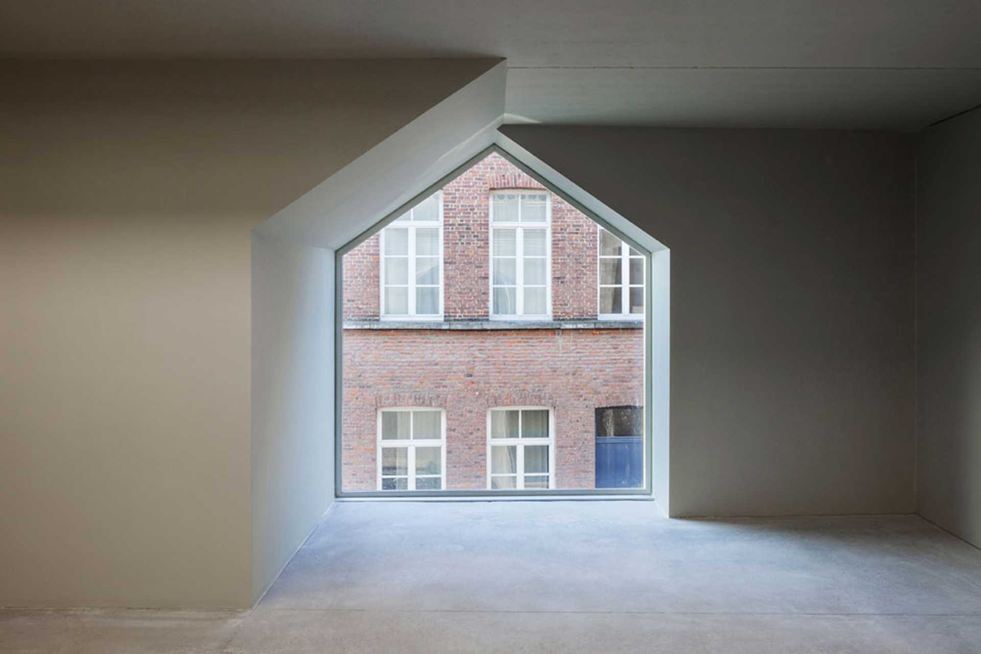 Architecture School in Tournai  - 5.0 39