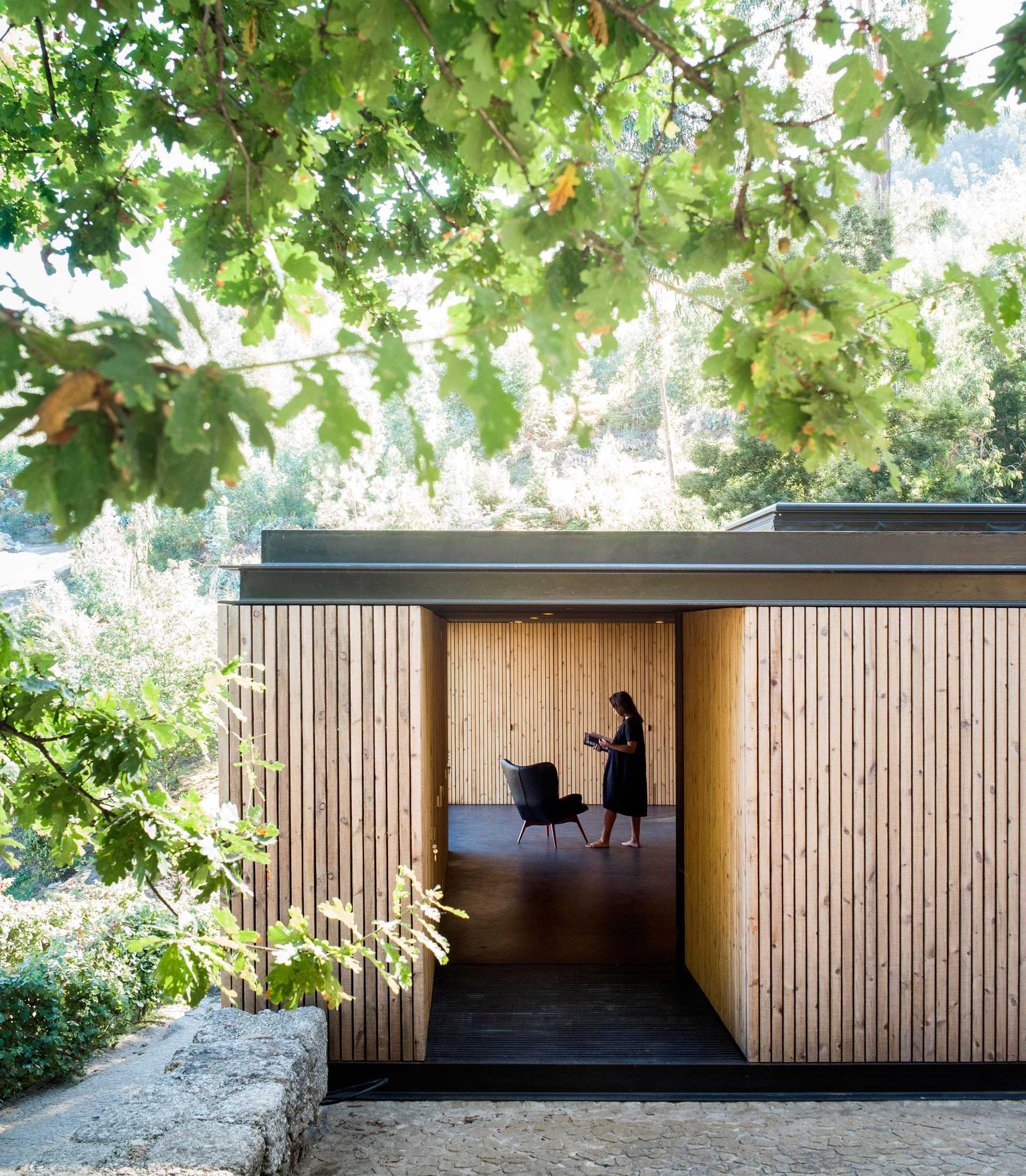 Pavilion House  - 58 3 35
