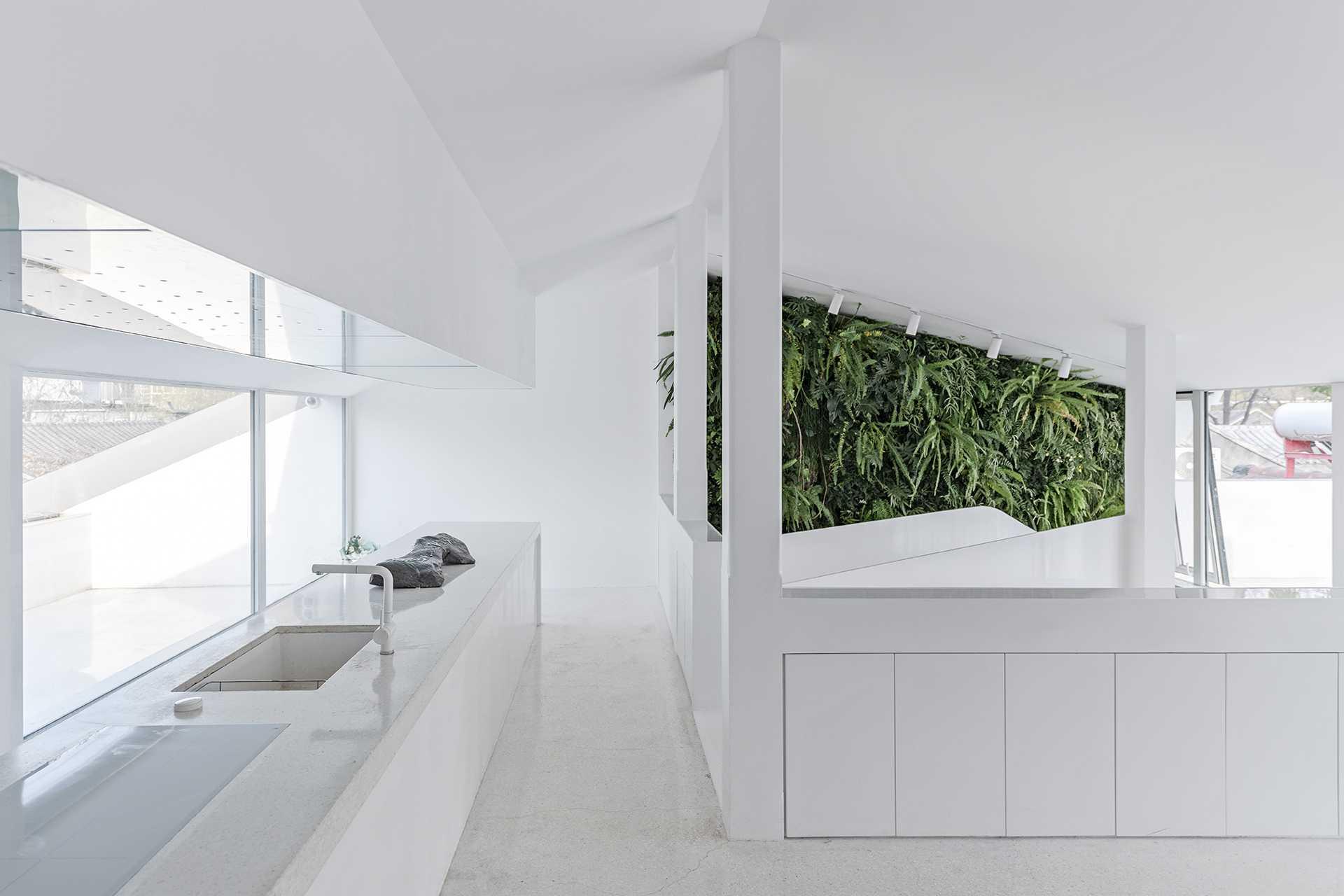 Mirror Garden  - 6 Wang Ning 43