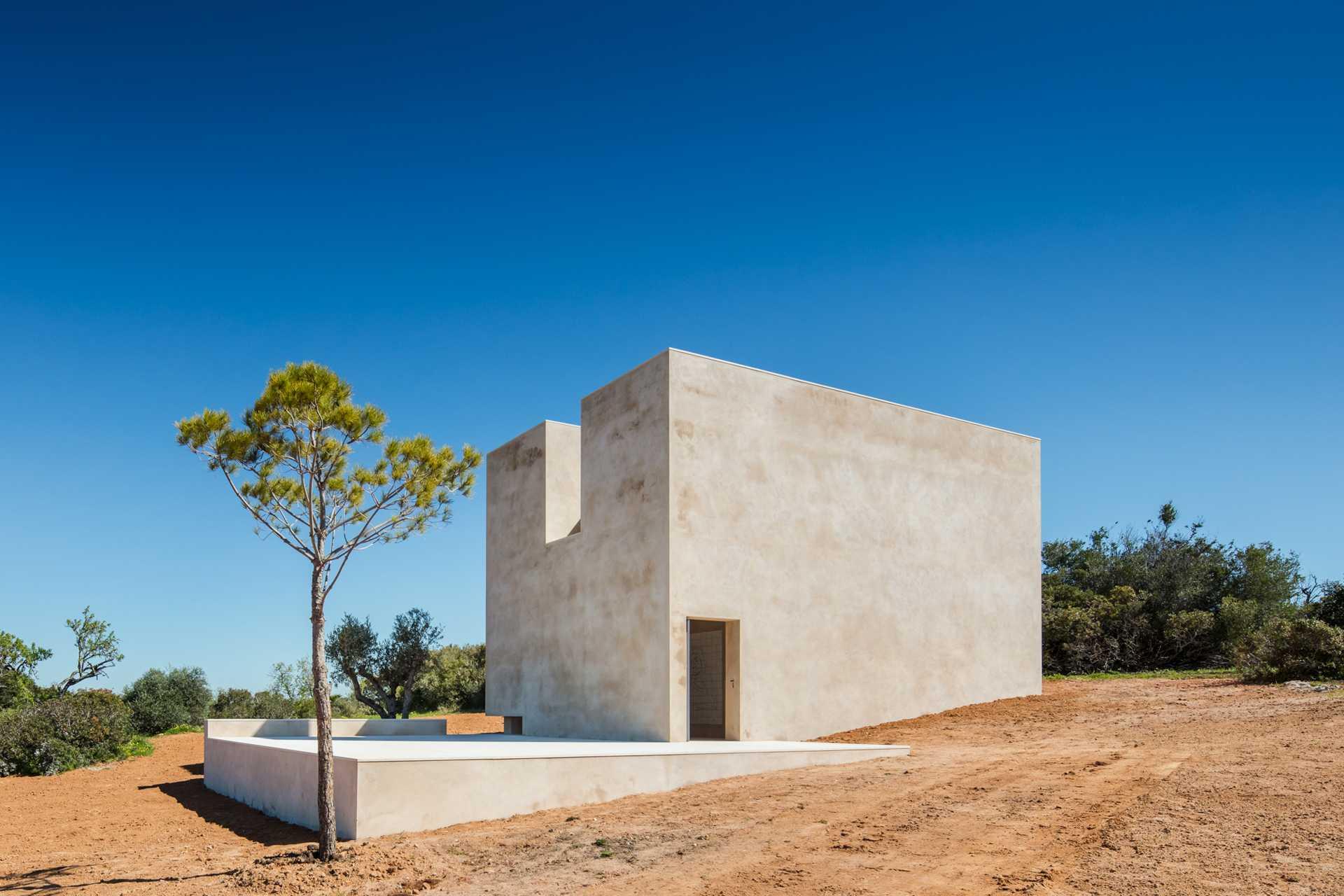 La Capela do Monte  - 65 02 33