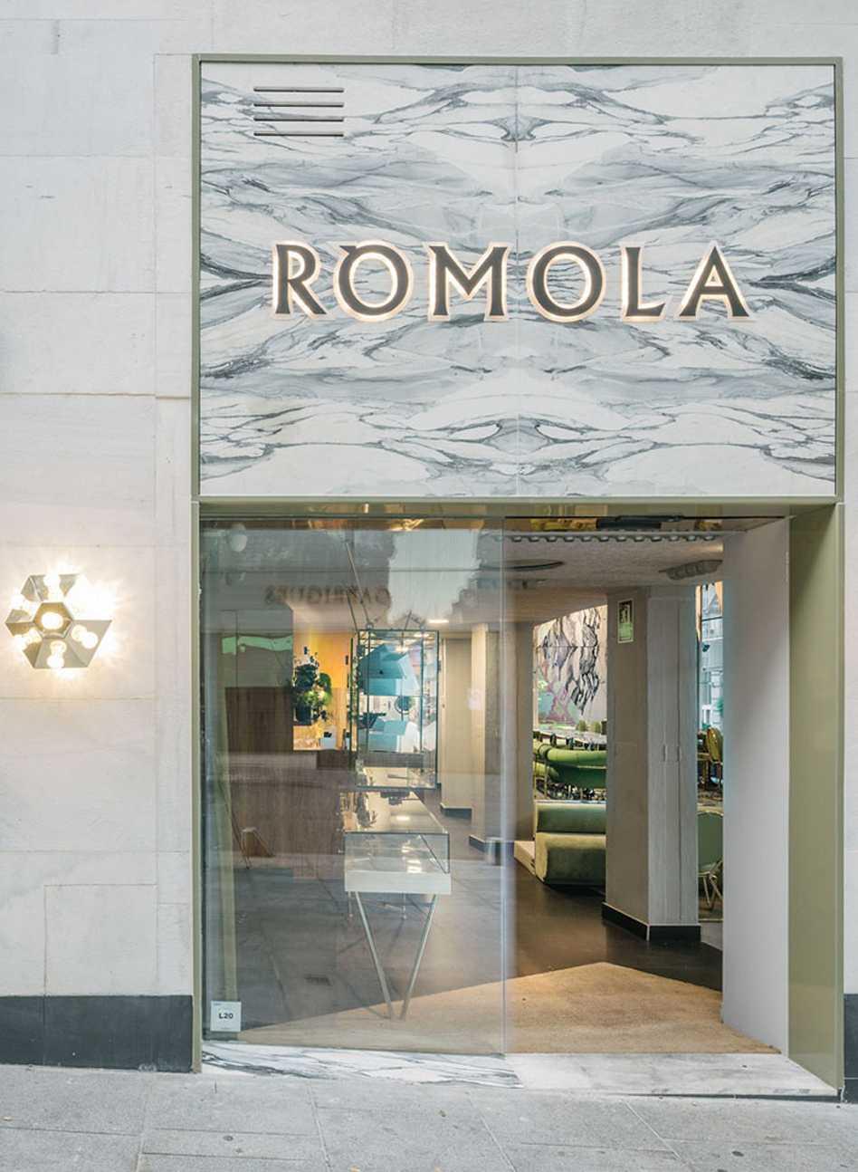 Rómola  - 72 03 32