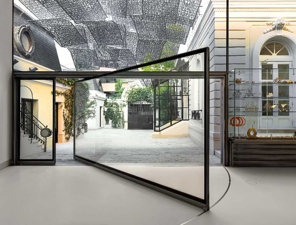 A Glass Pavilion  - CF024217 44