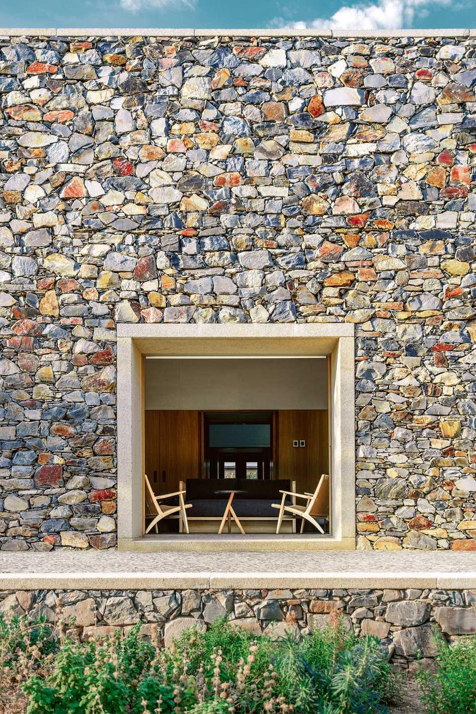 Stone house  - et 03 33