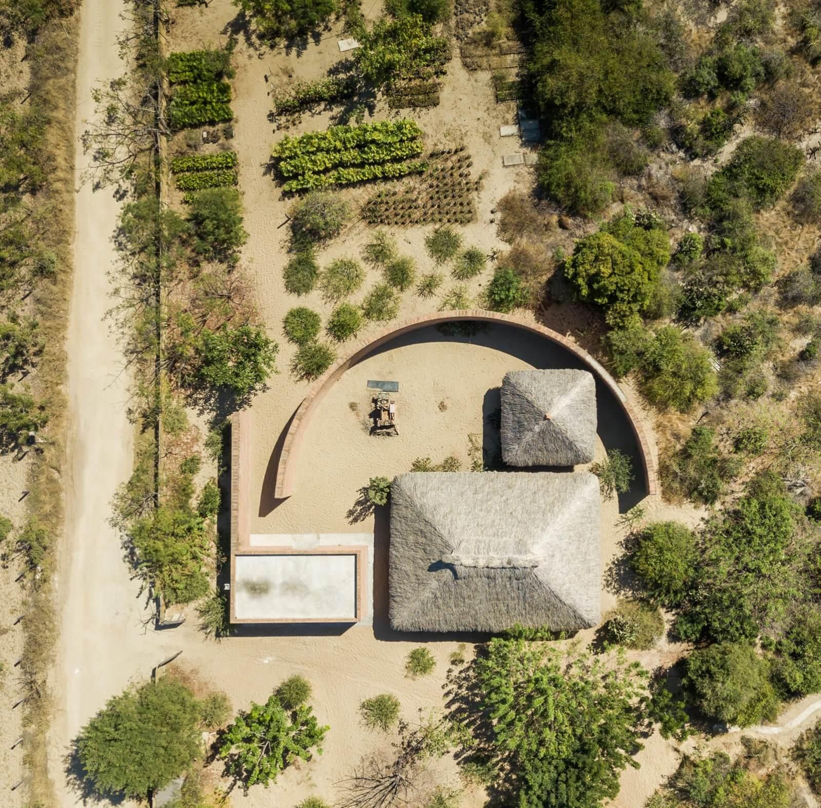 Clay Pavilion  - siza pabellon casa wabi mexico 0 31