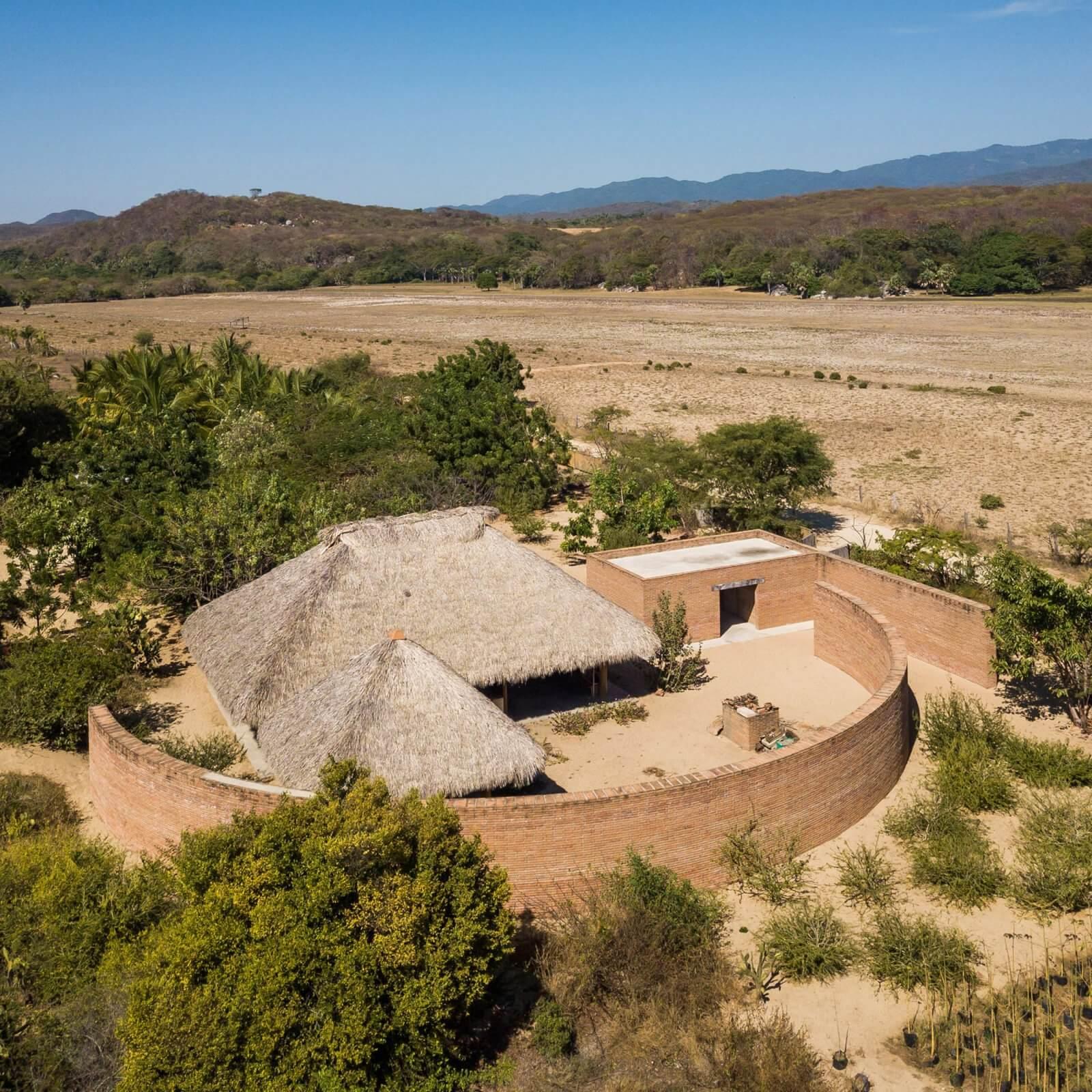 Clay Pavilion  - siza pabellon casa wabi mexico 4 36