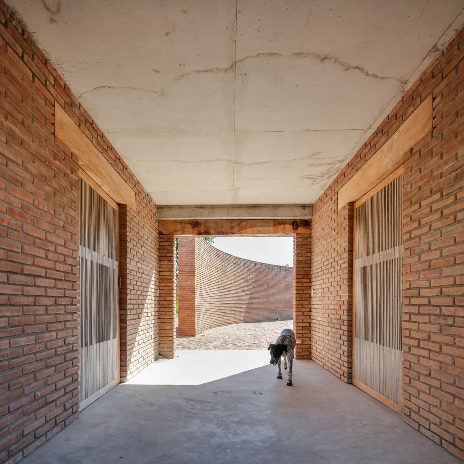 Clay Pavilion  - siza pabellon casa wabi mexico 6 41