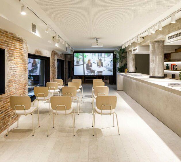 Cosentino-City-Barcelona_Sala-Polivalente-(2)
