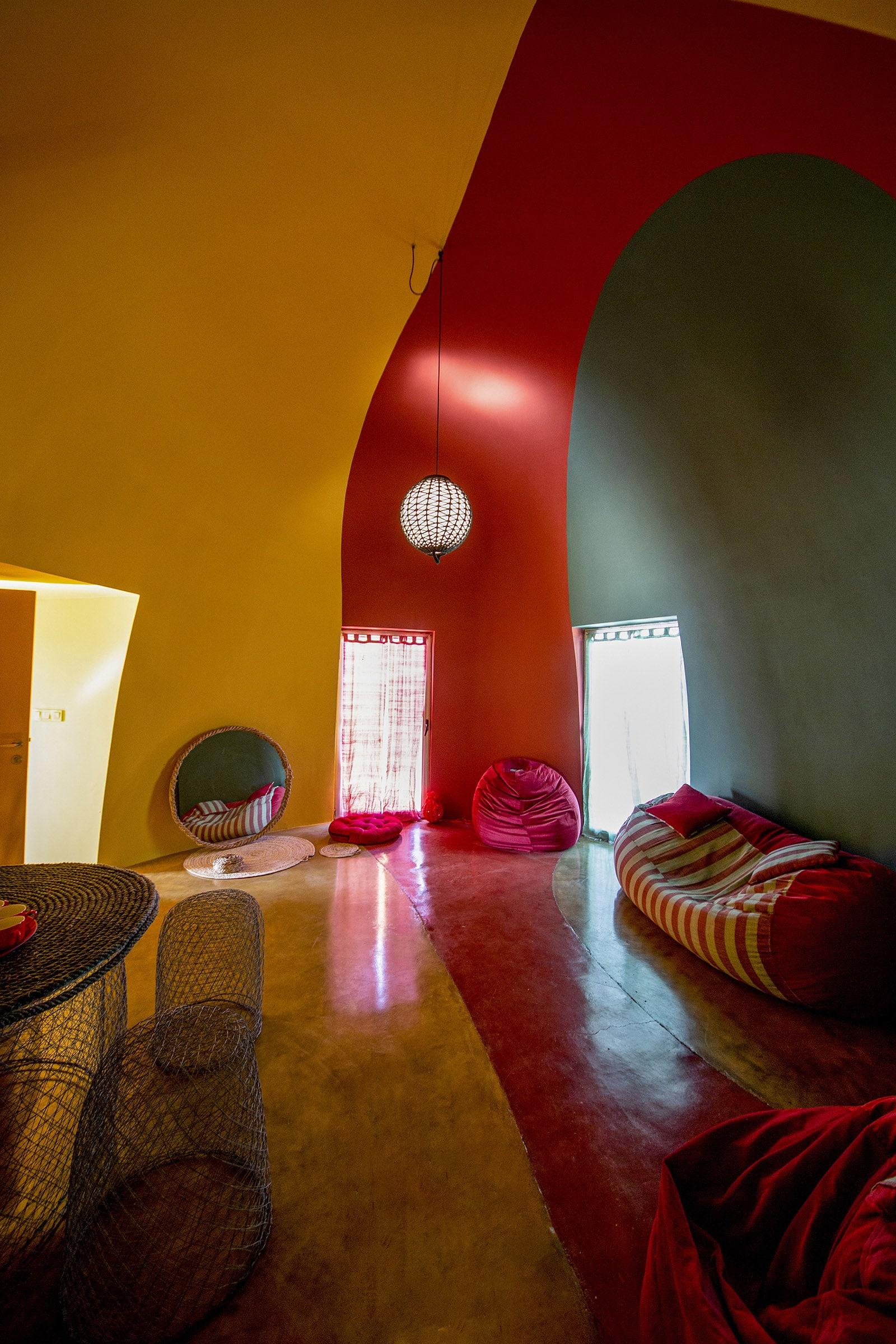 Presence in Hormuz | Majara Residence  - 10.2 57