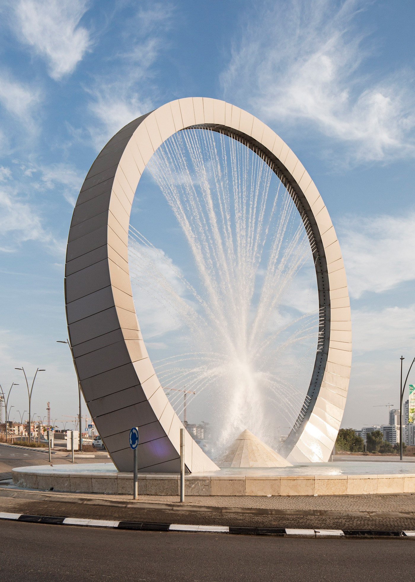 Kiryat Gat Water Fountain  - Nimrod Levy4 55