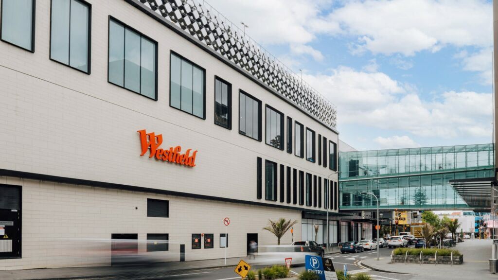 Westfield Newmarket  - Westfield Facade7 184