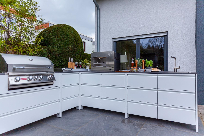 Exterior residential kitchen  - Belmento 6 55