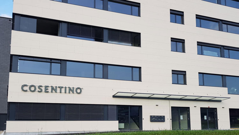 Cosentino Center Zurich  - Roandi Facade Neuhaus 1 51
