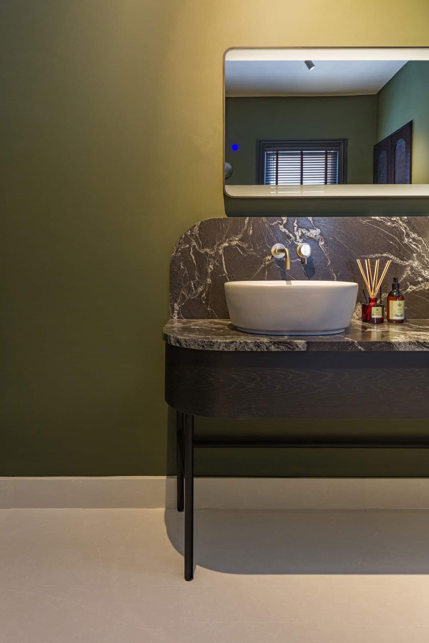 Luxury Residential Bathroom  - Luxury Bathroom 2 65