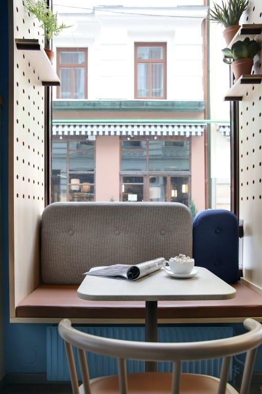 Waynes Coffe  - bord 1 3n2a0302 bord 1 3n2a0304 65